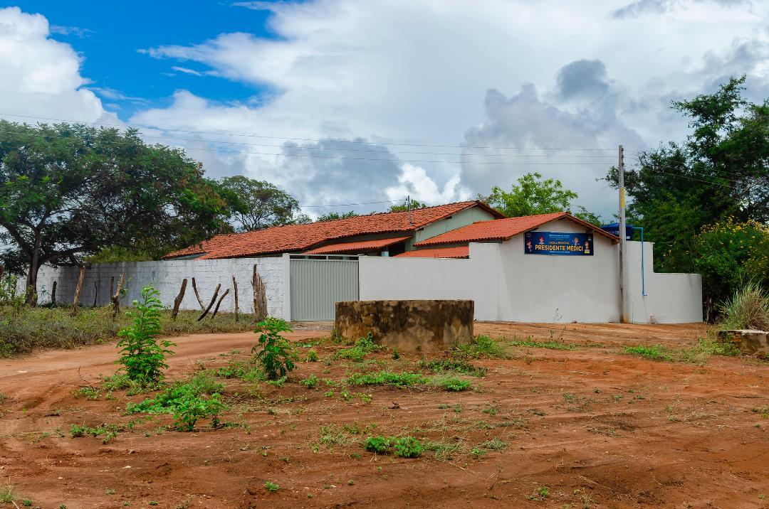 Imagem Solenidade de Reinauguração da Escola Municipal Presidente Médici