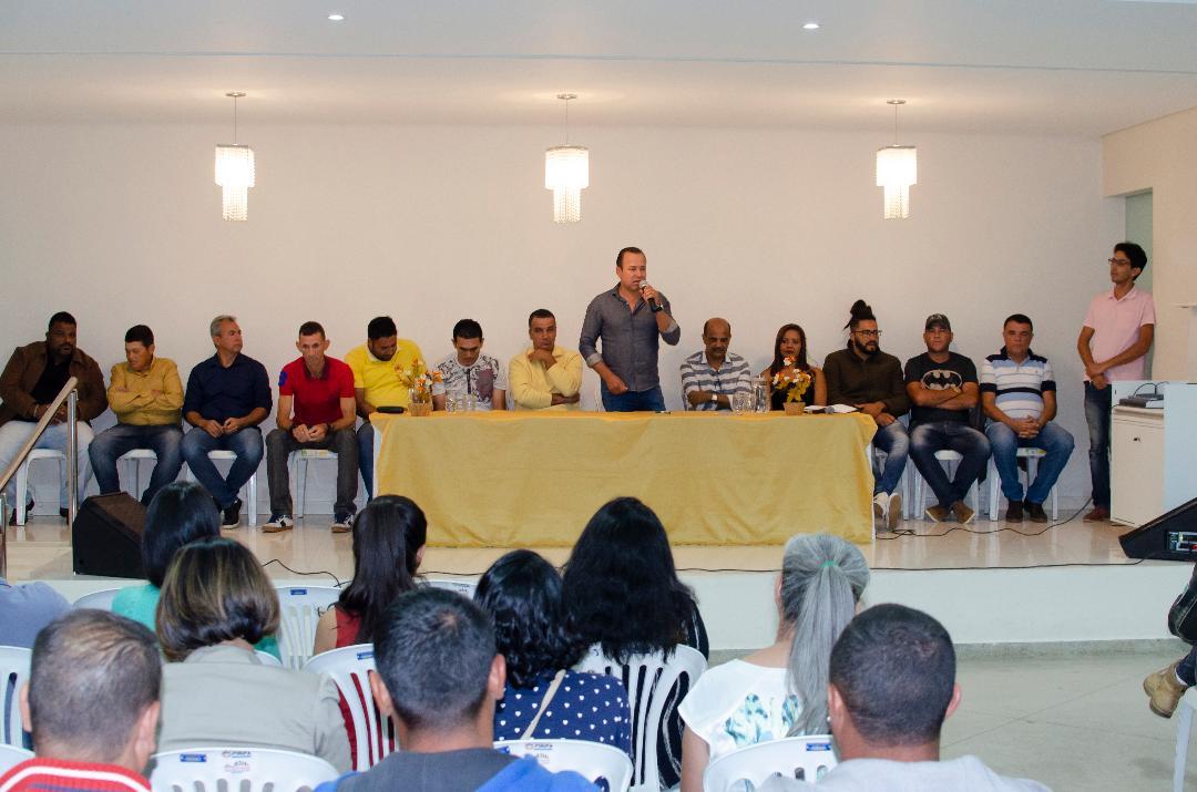 Imagem Prefeitura promove reunião com desportistas do município